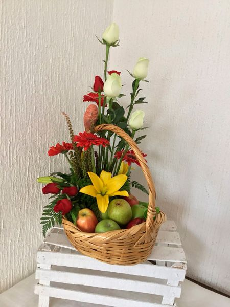 Fr 04 Arreglo Floral Frutal