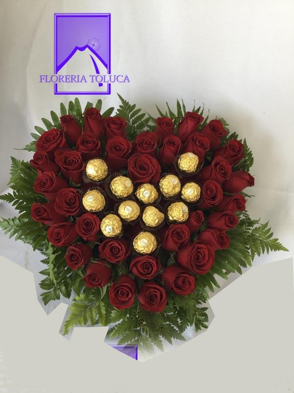 12 chocolates en corazón rojo