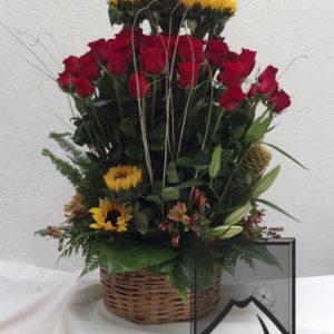 Canasta c/36 rosas y girasol